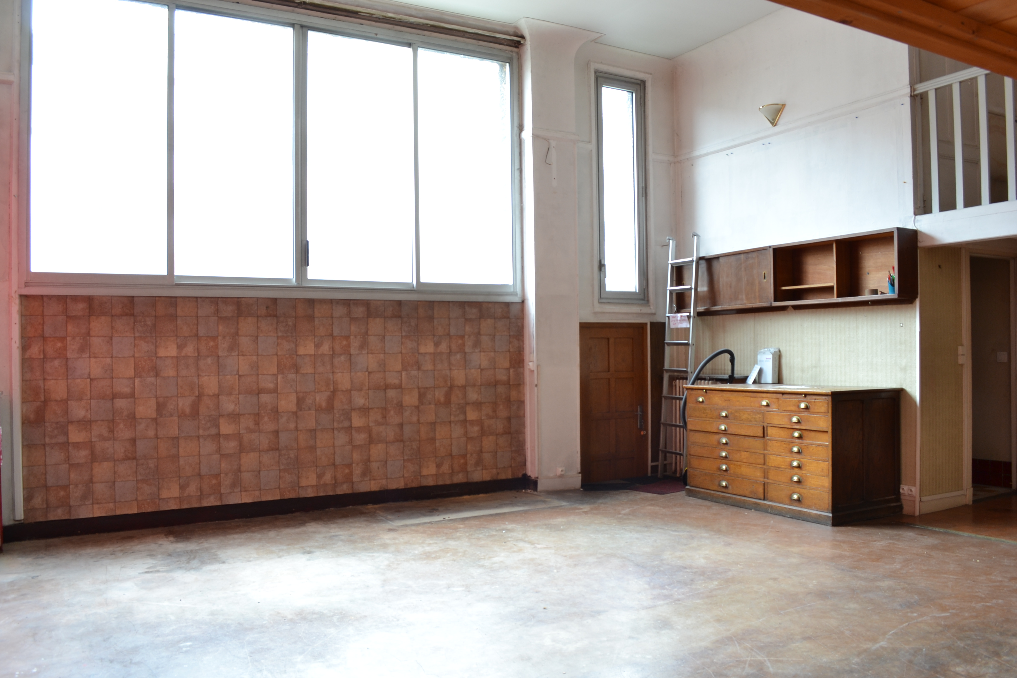 Loft atelier d 39 artiste montrouge evolucim immobilier for Loft atelier artiste